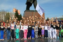 В Барнауле прошел праздничный пробег «Кольцо Победы»